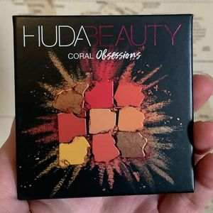 Coral Obsessions by HUDA BEAUTY